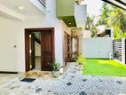Luxury 3 Story New Super House Sale Pelawattha