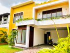 Luxury 3 Story House For Sale in Malabe Kahanthota rd.SI 6)
