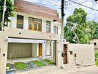 Thalawathugoda 3 Storey Brand New House For Sale in Hokandara rd