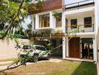 3 Storey Luxury House For Sale in Battharamulla
