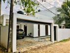 Luxury 2Storey House For Sale in Thalawathugoda