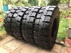 300-15 Solid Forklift Tyres
