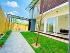 3 Story House for Sale in Pelawattha