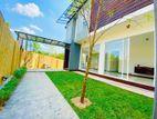 3 Story House for Sale in Pelawattha