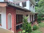 Upstairs House for sale in Kandy - Thalathuoya