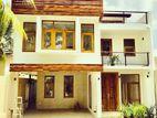 House Sale in Thalawathugoda -