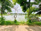 8.95 P Commercial Property Sale At Facing Boralesgamuwa Lake Maharagama
