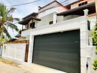 3 Story New House For Sale in to Moratuwa
