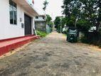 8P Residential Land for Sale in Lake Road Pelawattha