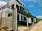 Modern New Luxury 3Storey House For Sale in Thalawathugoda