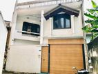 3 Story House For Sale in Dehiwala Junction