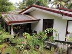 Single storey house between Kadawatha and Kiribathgoda