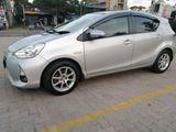 Toyota Aqua Auto Hybrid 2012