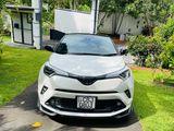Toyota CHR NGX 10 2019